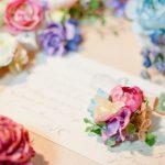 結婚式のメッセージ!席札でもらって嬉しい一言の例文【立場別】