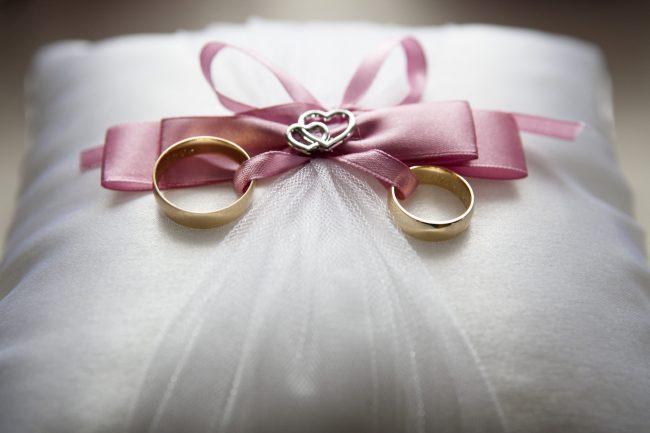婚約指輪・結婚指輪探し