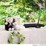 結婚式の受付のお礼の相場はどれくらい?いつだれが渡せばいいの?