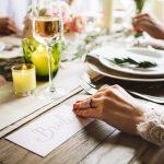 結婚式の招待状の宛名は手書き?印刷はマナー違反なの?