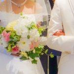 結婚式のタキシード色はどうやって決める?白は必須?