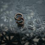 カルティエの結婚指輪!ペアのデザインで人気なのはどれ?