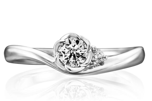 トレセンテ婚約指輪フローラ